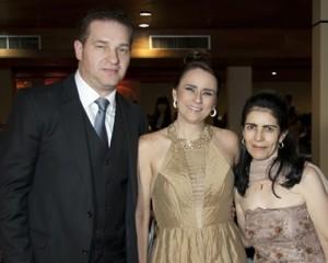 Médico José Altino Pimenta Pereira Silva e a Psicologa Priscila Patitucci Sobroza Pereira, de Teófilo Otoni.