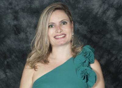 Dra. Luciana Starling de Aguiar Neto, psicanalista, Gente de Expressão  MG 2014