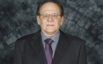 Dr.Reinaldo Durães, conceituado médico, professor universitário e empresário da area de saúde,  em Unaí e  Belo Horizonte, Gente de Expressão MG 2014.