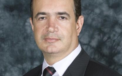Juiz de Direito de marcante atuação na comarca de Divinópolis, Dr. Marlúcio Teixeira de Carvalho é Gente de Expressão de Minas Gerais.