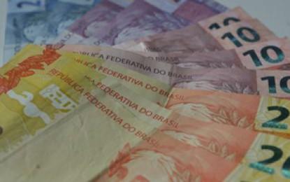Balança tem superávit de US$ 1,168 bilhão em agosto